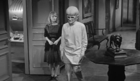 orly plastic surgery 1963_s01e05_the-sixth-finger